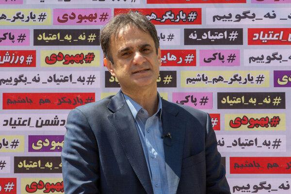 توضیح نوروزی درباره مصدومیت شجاعیان و کریمی وانتقاد از سازمان لیگ