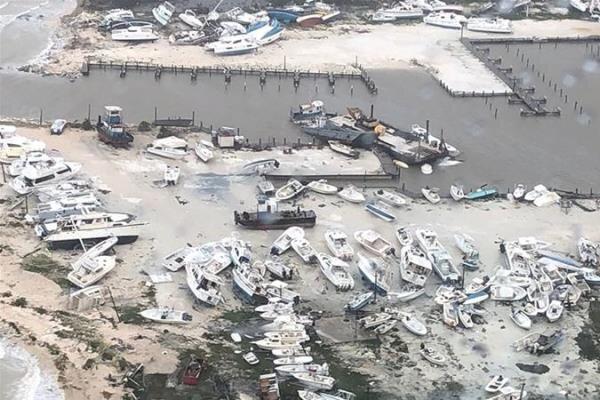 """43 قتيلا آخر حصيلة ضحايا إعصار """"دوريان"""" في جزر الباهاما"""