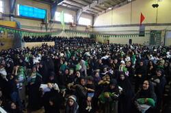 اجتماع بزرگ شیرخوارگان حسینی در قروه برگزار شد