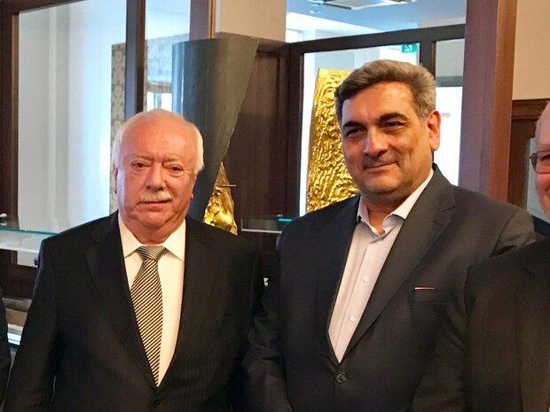 اتریشی ها برای تجارت با ایران شجاعت داشته باشند
