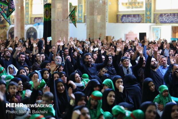 'Hosseini infants' gathering in Jamkaran Holy Mosque