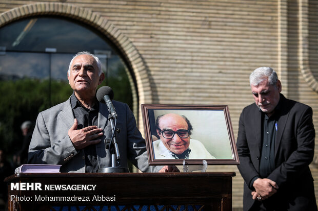 Funeral procession of veteran Iranian dubber