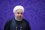 """روحاني: """"ترامب"""" يظهر كل يوم بلون"""