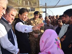 عمران خان اور جنرل باجوہ کا لائن آف کنٹرول کا دورہ