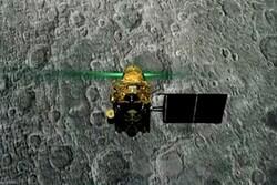 لندر هندی در مسیر ماه گم شد