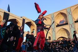 تعزیه خوانی گروهی از معلولین در میدان امیر چخماق یزد