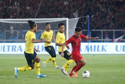 اقدام عجیب بازیکنان تیم ملی فوتبال اندونزی و بازی با قوانین فیفا!
