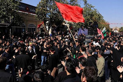 تجمع عزاداران حسینی در خیابان شهدای قزوین برگزار می شود