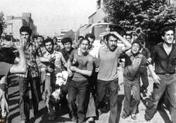 درسهای رهبر انقلاب از قیام ۱۷ شهریور