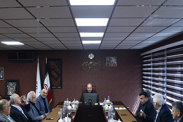 گله پیشکسوتان از مدیریت و آب پاکی سلطانی فر روی دست منتقدان فتحی