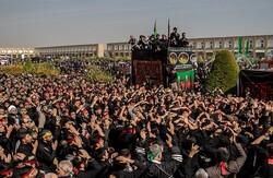 خروش عاشورایی در اصفهان/از آیین «خیل عرب» تا برافراشتن خیمه حسینی