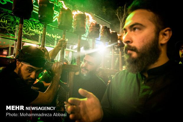 آئین مشعل گردانی در دولت آباد