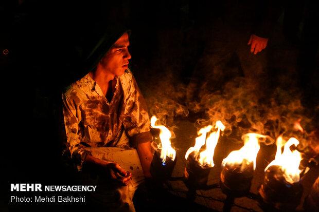 سمنان رختِ عزا بر تن کرد/اشک عزاداران قومسی در تاسوعای حسینی