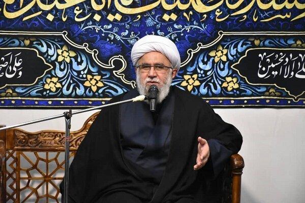 امام حسین (ع) مظهر غیرت مطلق/دشمن به دنبال تحریف عزاداریها
