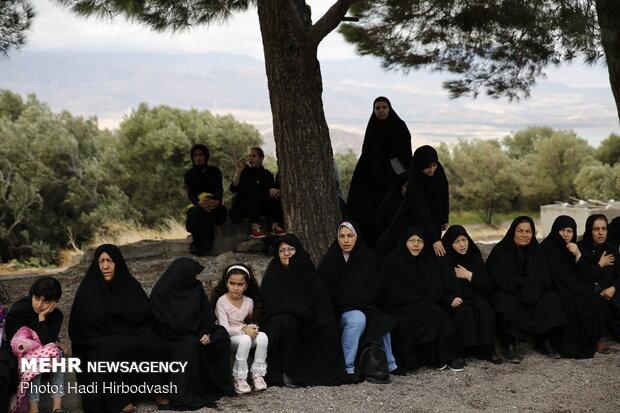 مراسم تاسوعای حسینی در شهرک هرزویل شهر منجیل