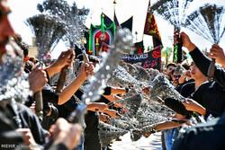 زنجیرزنی سنت دیرینه مردم آذربایجان در روز عاشورا