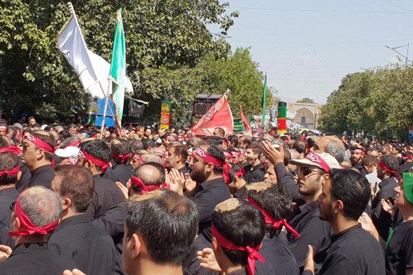 مراسم عاشورای حسینی در قزوین با حزن و اندوه سوگواران برگزار شد