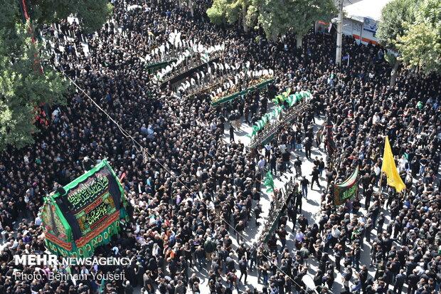 مراسم نخل گردانی روز عاشورا در خمین