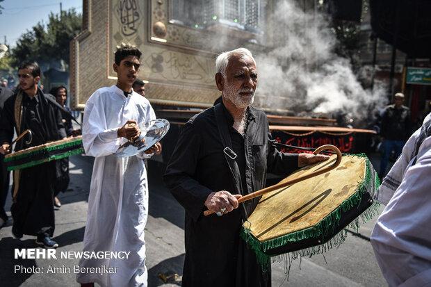 آیین خیمه سوزان ظهر عاشورا در شیراز