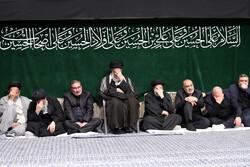 رہبر معظم انقلاب اسلامی کی موجودگي میں ایام عزا کے سلسلے کی آخری مجلس
