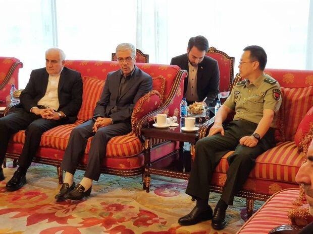 رئيس الاركان الصيني: زيارة اللواء باقري تكتسب اهمية فائقة