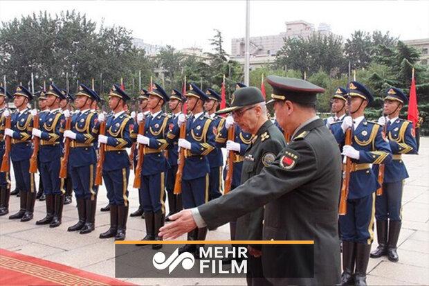 میجر جنرل محمد باقری کا دورہ چین