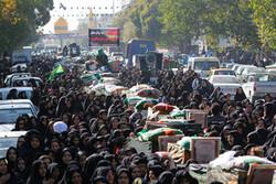 برگزاری آئین تشییع نمادین یاران حسین(ع) توسط قبیله بنی اسد در قزوین