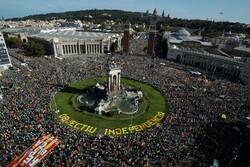 تظاهرات نیم میلیون نفری دراسپانیا برای حمایت از استقلال کاتالونیا