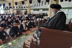 عزت ایران در برابر استکبار برگرفته از درس حماسه عاشورا است