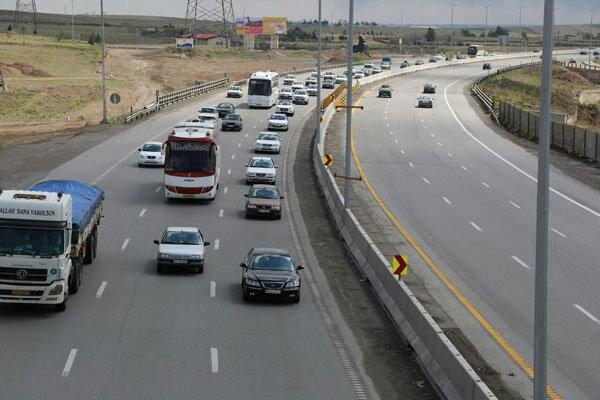 ترافیک در جاده های استان قزوین عادی و روان است