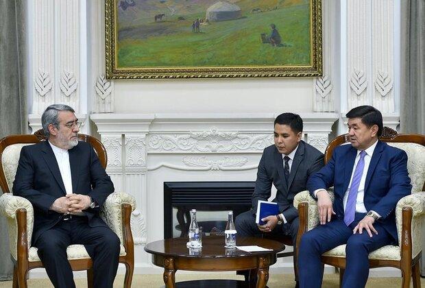 رحماني فضلي: السلام لا يتحقق الا عبر تمتين العلاقات بين دول المنطقة