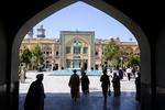 بدء العالم الدراسي الجديد للحوزة العلمية في مدينة قم المقدسة / صور