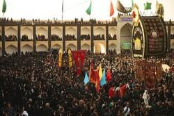 Türk turistler Muharrem merasimlerini hayret, şaşkınlık ve takdirle karşılıyor