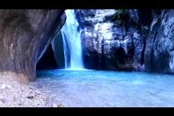زیبایی های آبشار تنگ تامرادی در شهرستان بویراحمد