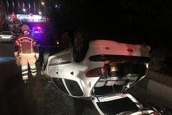 واژگونی خودرو سواری در بزرگراه امام علی(ع)
