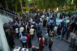 دیدار صمیمانه مردم با سینماگران پیشکسوت در روز ملی سینما
