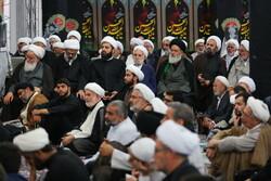 قم میں علماء کی موجودگی میں حوزات علمیہ کے نئے سال کی افتتاحی تقریب منعقد