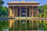 Chehel Sotoun; a blend of prominent Persian garden, glorious palace