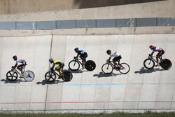 Last stage of Iran's track cycling league