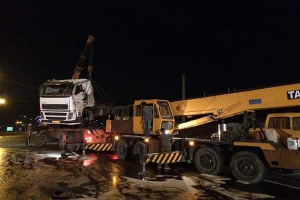 واژگونی تانکر مواد قابل اشتغال جاده جاجرود را مسدود کرد