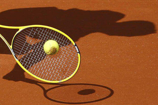 مسابقات تنیس آزاد قهرمانی مردان کشور در اراک پایان یافت