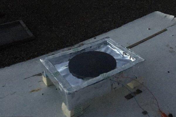 دستگاهی که از تاریکی برق تولید می کند!