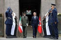 Iranian, Turkish defense ministers meet in Ankara for bilateral talks
