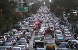 Tehran's traffic jam drops by 52%