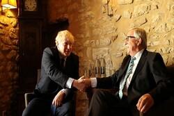 جانسون و یونکر دیدار کردند/ لندن: کمکی به برگزیتِ با توافق نشد