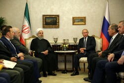 Rouhani meets with Putin in Ankara