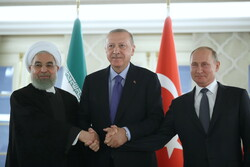Iran, Russia, Turkey have united stance on preserving Syria's territorial integrity
