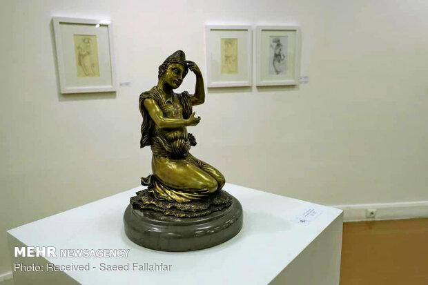 Sculpture gallery at Iranian Artists Forum