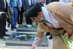 وزیر اطلاعات به مقام شامخ شهدا ادای احترام کرد