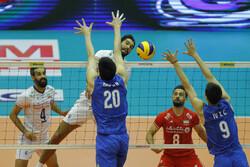 ایران اور چین کی والیبال ٹیموں کے درمیان مقابلہ